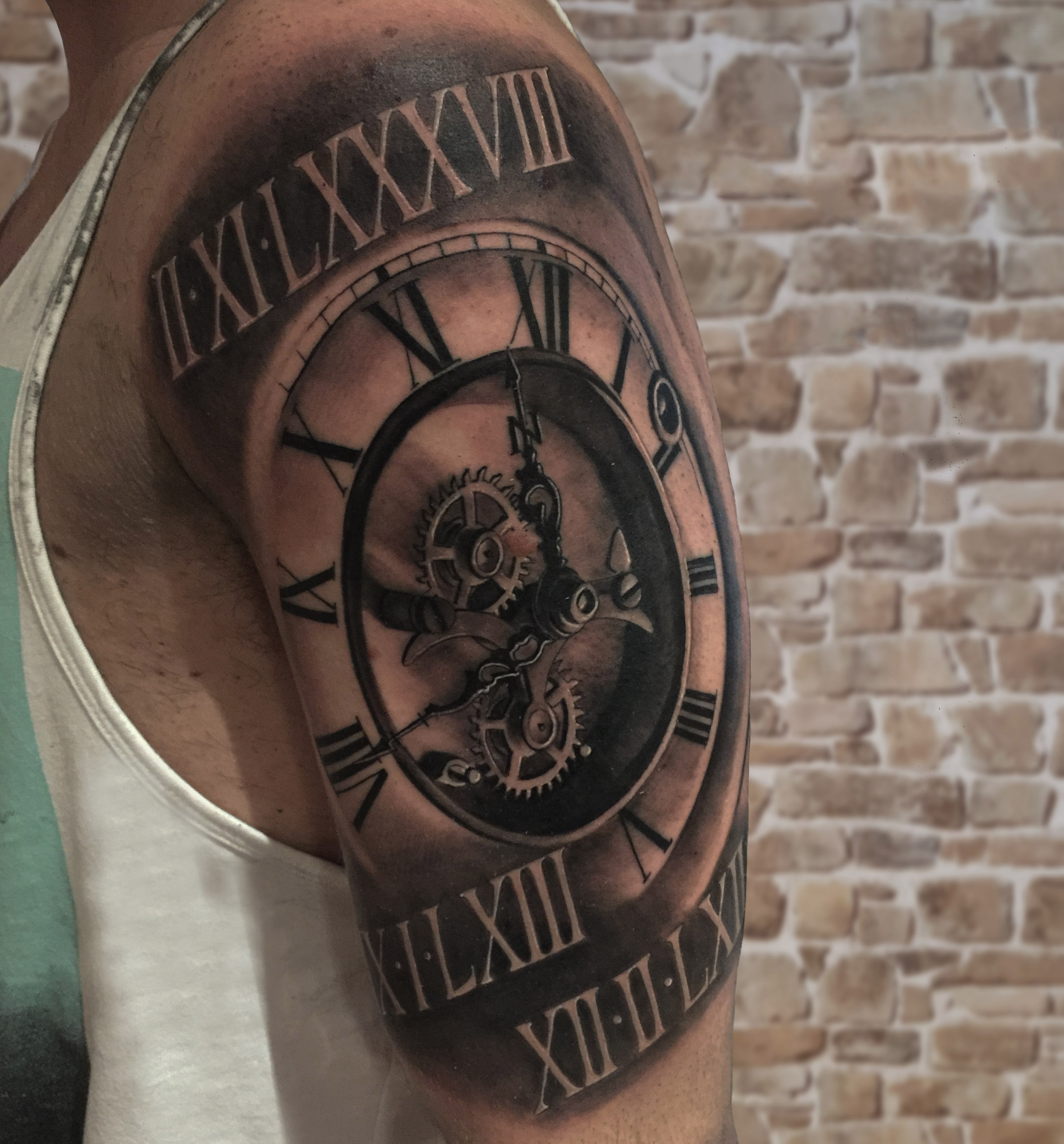 maquinaria tattoo